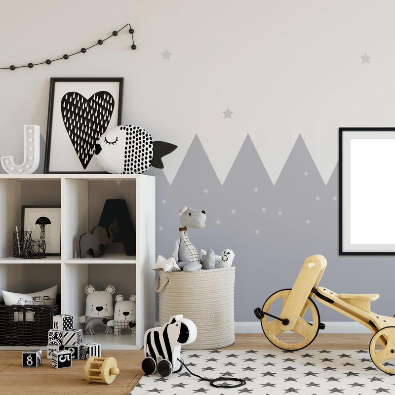 современная детская комната с игровой зоной и игрушками и большой полкой для них
